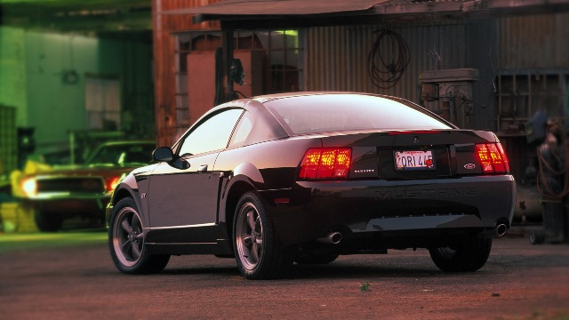 1999 2004 ford mustang the new edge style the motoring enthusiast journal enthusiast 39 s corner. Black Bedroom Furniture Sets. Home Design Ideas