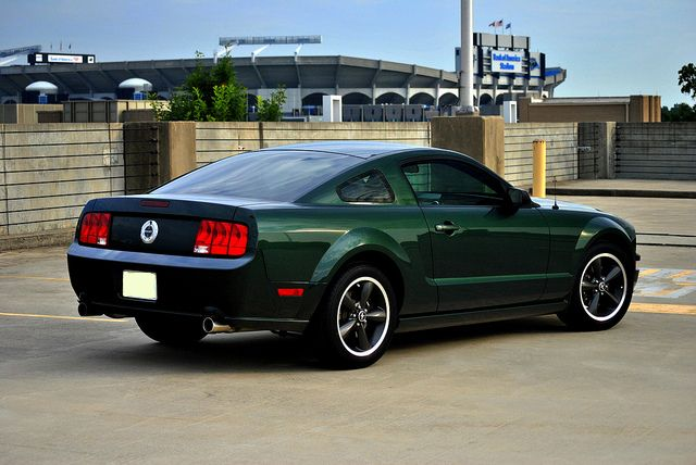2005 2009 Ford Mustang A Modern Rendition Of An American