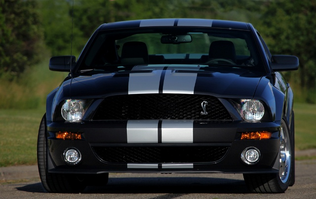 2006 2009 shelby mustangs shelby 39 s back the motoring enthusiast journal enthusiast 39 s corner. Black Bedroom Furniture Sets. Home Design Ideas