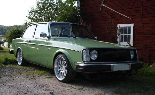 Volvo 200 Series An Unappreciated Classic The Motoring Enthusiast