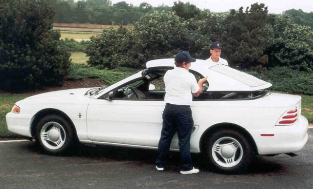https://www.themotoringenthusiastjournal.com/photo_gallery/images/mustang_50/1994_mustang_convertible_hardtop.jpg