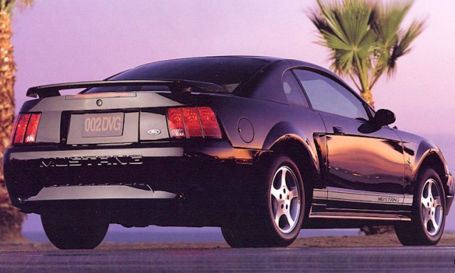 1999-2004 Ford Mustang  The New Edge Style